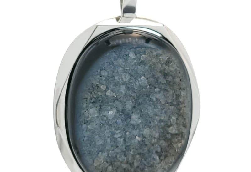 Colgante druzy onix – piedra oval ágata negra en plata