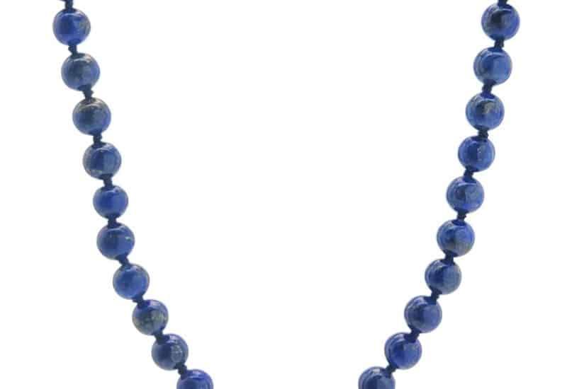 Collar de 45 centímentros de bolas de 6 mm. de lapislázuli.