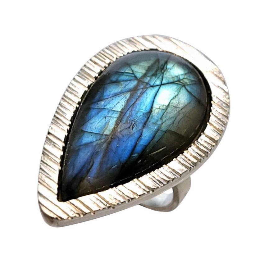 anillo labradorita de reflejos azules