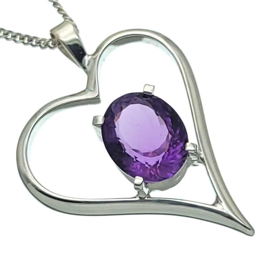 Colgante corazón con piedra de amatista (3)