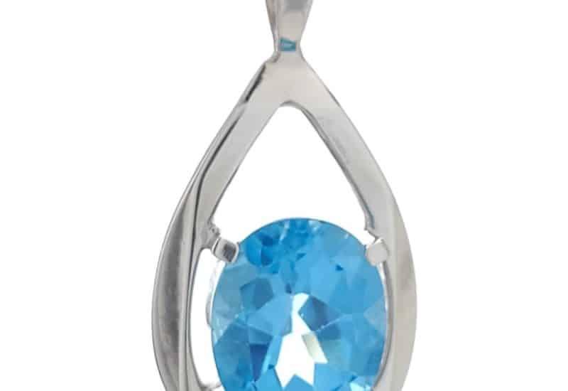 Colgante lágrima de plata con piedra de topacio azul oval