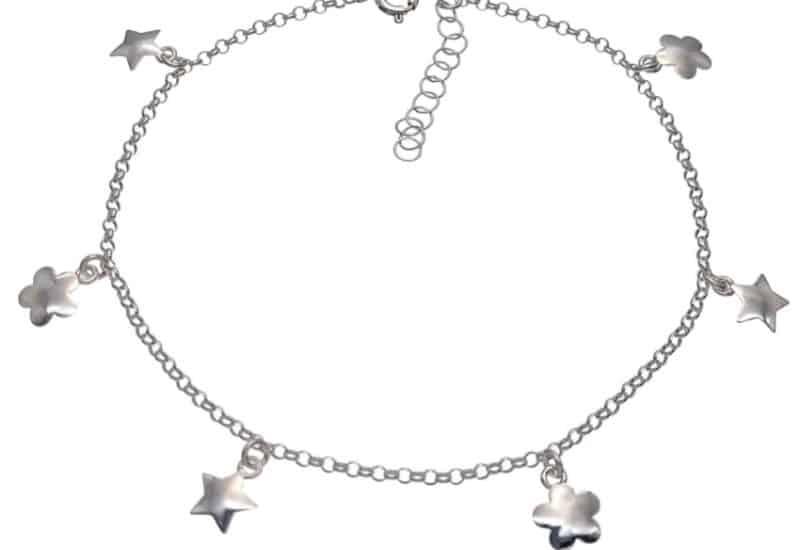 Tobillera plata con colgantitos de estrellas y flores lisas