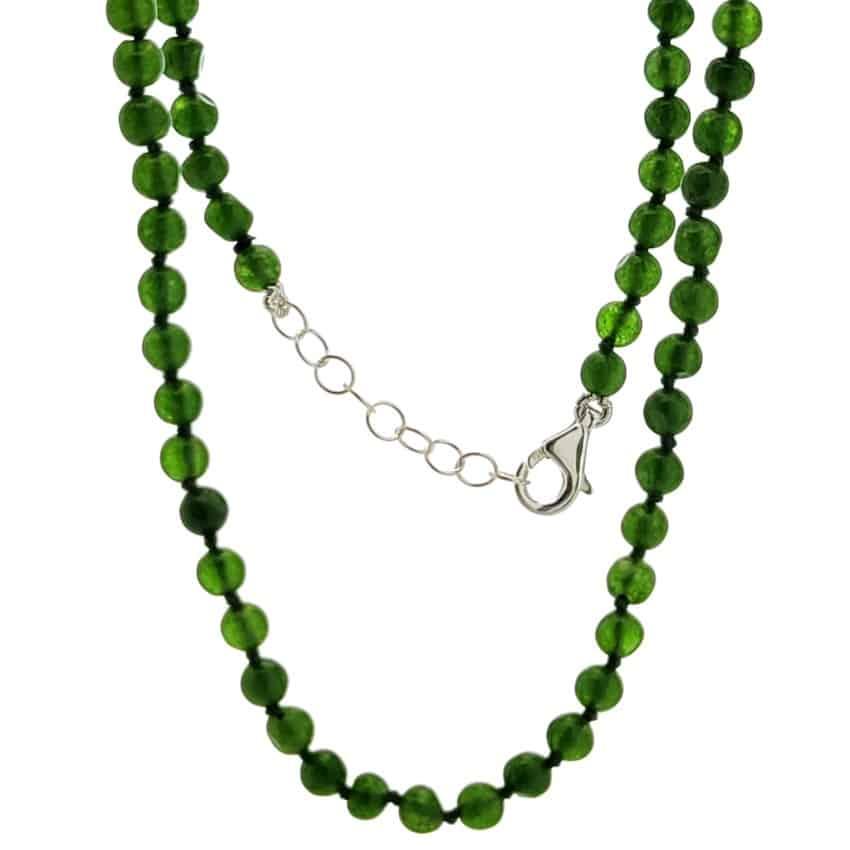 Collar de jade (3)