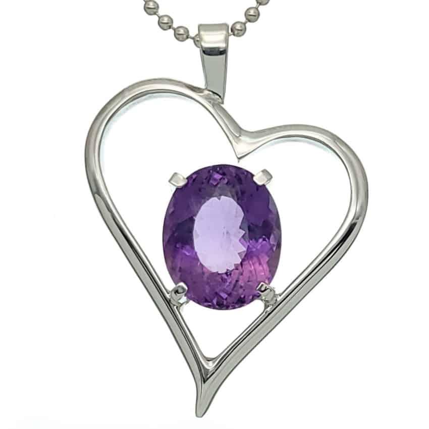 Colgante diseño corazón de plata con piedra semipreciosa de amatista (5)